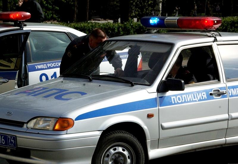 Разбойное нападение на менеджера организации, расположенной на улице Автозаводцев,