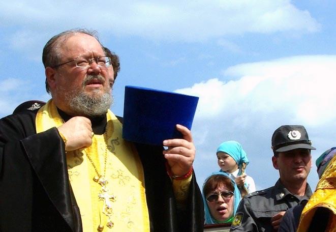 Секретарь Челябинской епархии, настоятель Свято-Троицкого храма и ключарь строящегося Христорожде