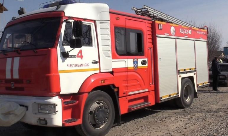 Сотрудник Челябинского пожарно-спасательного гарнизона Дмитрий Кизяков спас из полыхающего дома м