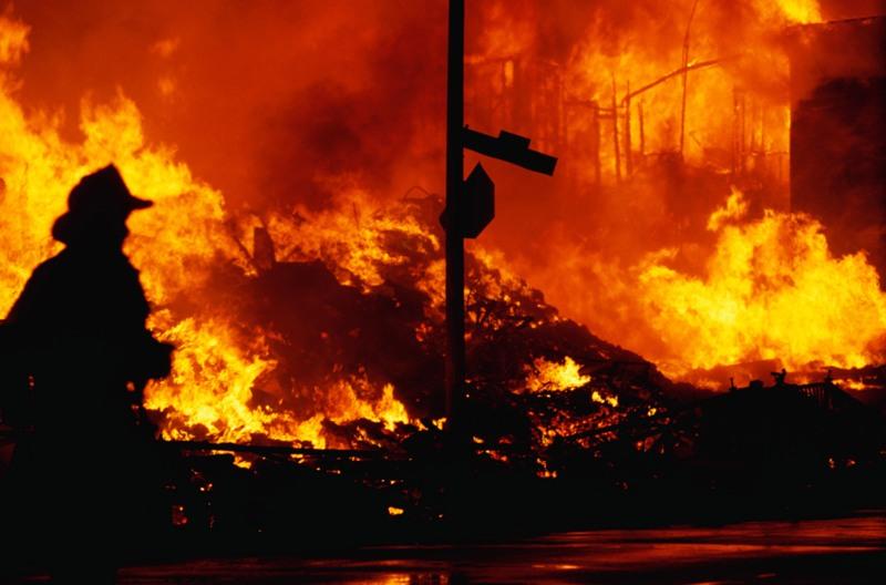 В текущем году в центре пожаротушения дополнительно вводится в строй тяжелая техника, семь пожарн