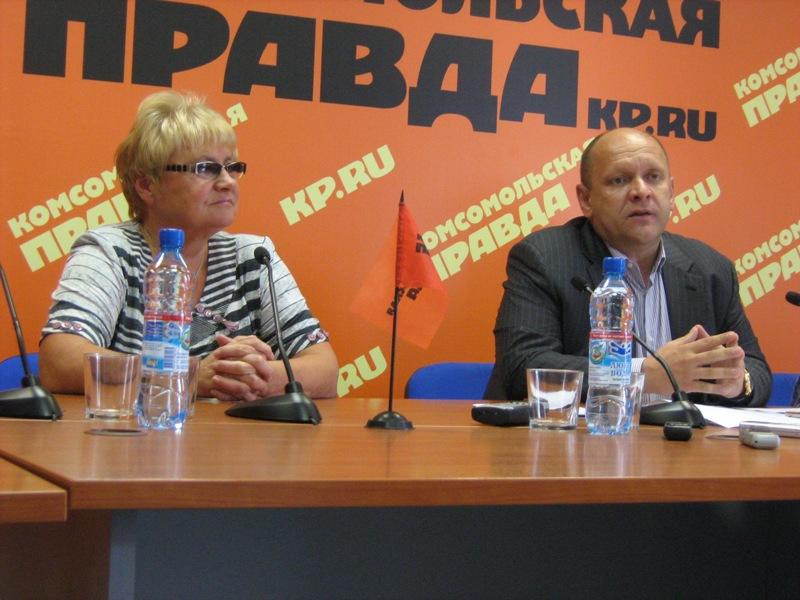 Как сообщил журналистам Юрий Серебренников, еще в прошлом году Мария Савинова тренировалась в Чел
