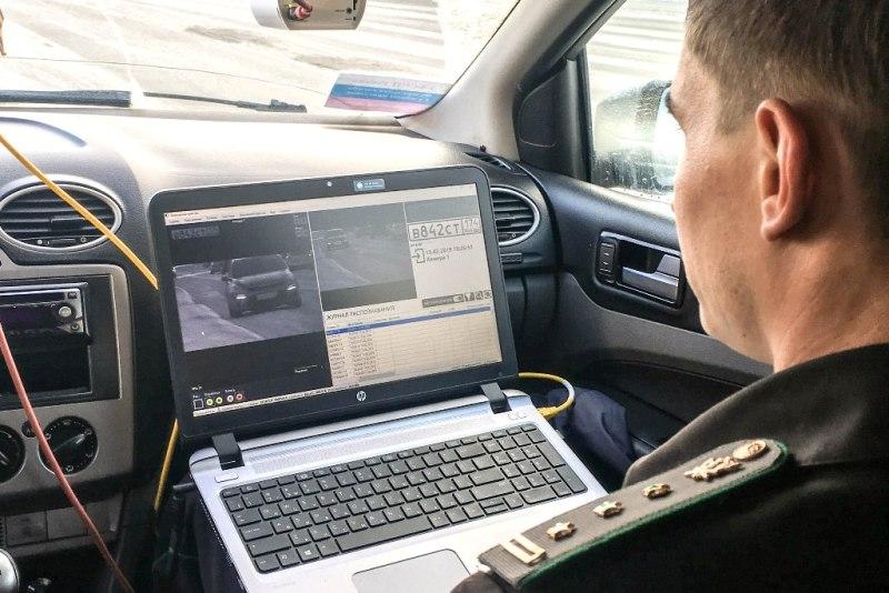 В Златоусте (Челябинская область) начал работу прибор по поиску нерадивых должников «Дорожный при