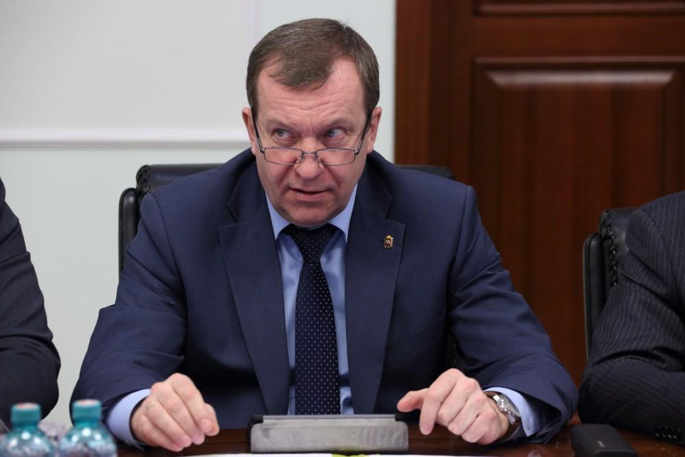 Как сообщил министр финансов Челябинской области Андрей Пшеницын, с минфином России заключены доп