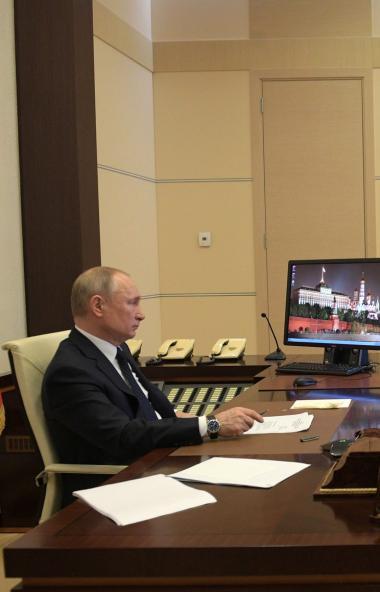 Президент России Владимир Путин предложил новые меры поддержки малого и среднего