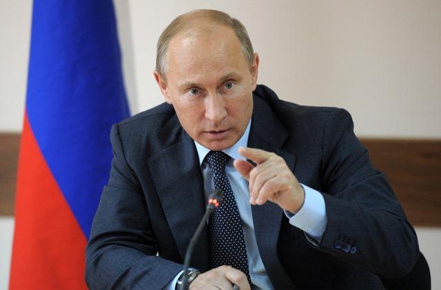 Программу пребывания в Свердловской области Путин начал в Нижнем Тагиле, где знакомится с прогр