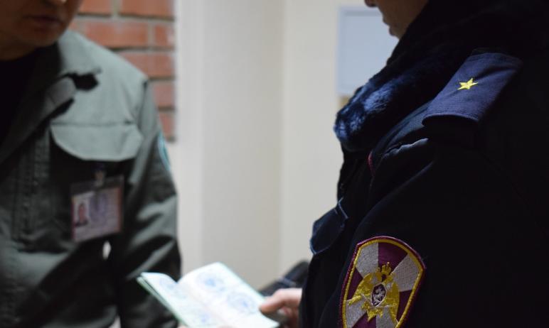 Сотрудники СОБР Управления Росгвардии по Челябинской области оказали содействие УМВД по Оренбургс
