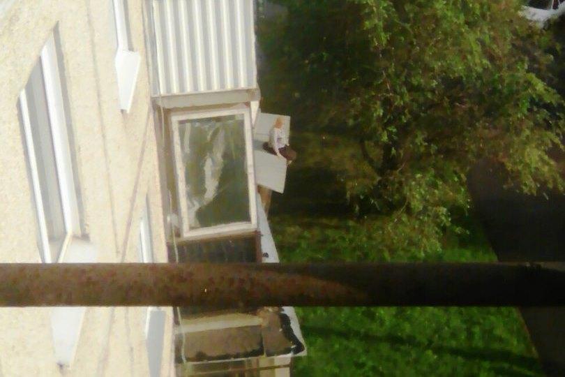 Ссора разыгралась в одном из домов, расположенных по улице Дегтярева. По славам очевидцев дочь же