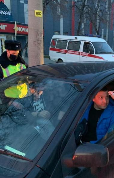 Всех жителей Челябинской области, передвигающихся по территории региона на автомобилях, южноураль