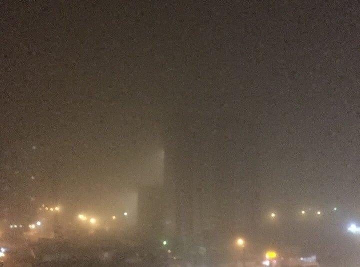 «Понятно, что есть выбросы. В условиях тумана и низкого давления они не рассеиваются. Мало того,