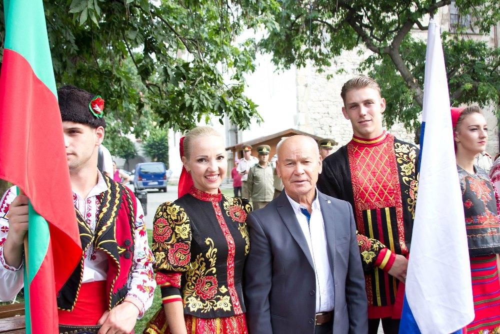 Государственный ансамбль танца «Урал» сегодня называют культурным брендом Челябинской области. А