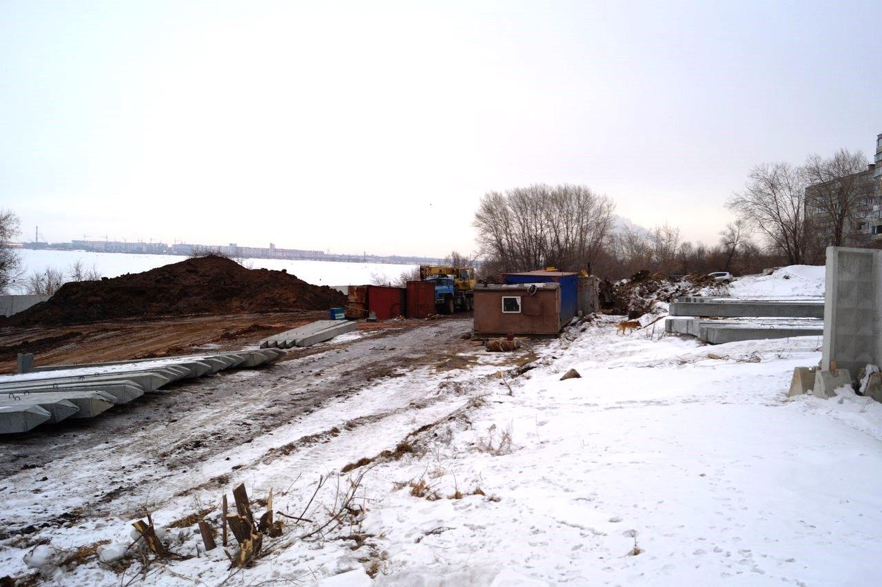 В Тракторозаводском районе Челябинска, на берегу озера Первое началось строительство одного из дв