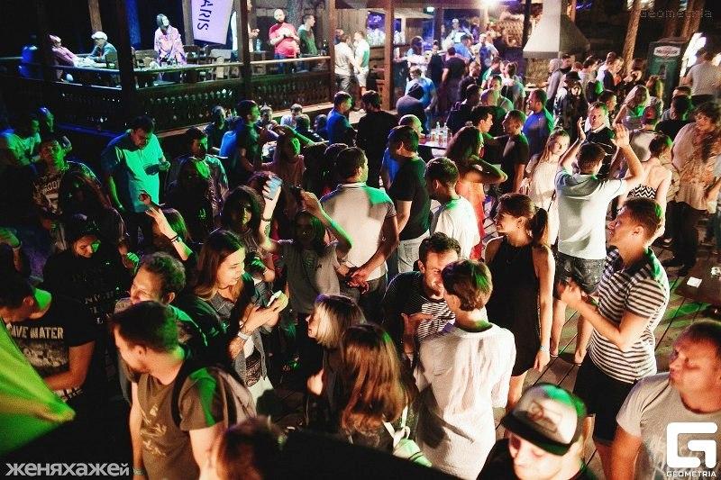 Уже третий год фестиваль проводится в клубе-отеле «Золотой пляж» на берегу самого