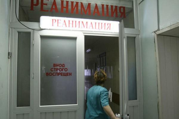 Государственная Дума РФ приняла в первом чтении законопроект, разрешающий членам семьи посещать п