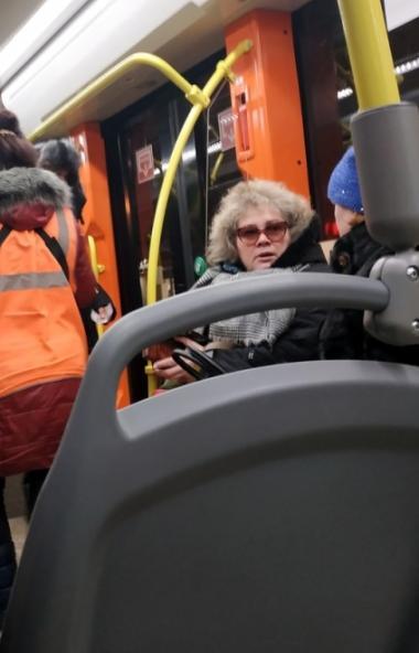 Челябинцы в восторге от трамвая, присланного в столицу Южного Урала для испытаний предприятием «У