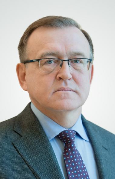 Министр промышленности, новых технологий и природных ресурсов Челябинской области Павел Рыжий зар
