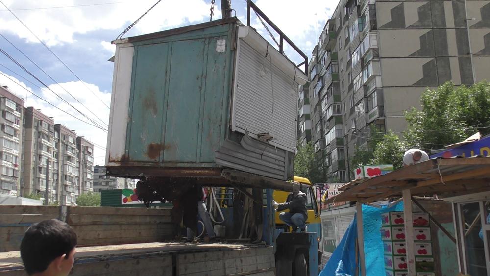 Как сообщили агентству «Урал-пресс-информ» в УМВД города, в начале июня от жителей одного из домо