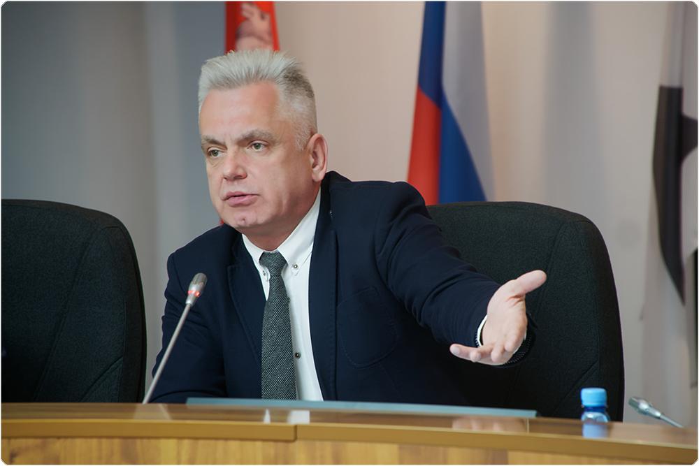 Сегодня, 30 октября. депутаты городского Собрания Магнитогорска освободили от налога на землю гор