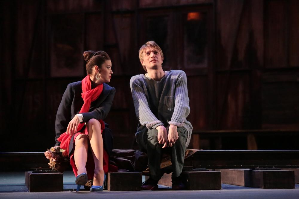 Сотрудничество между челябинским и московским театрами началось после обменных гастролей с Русски