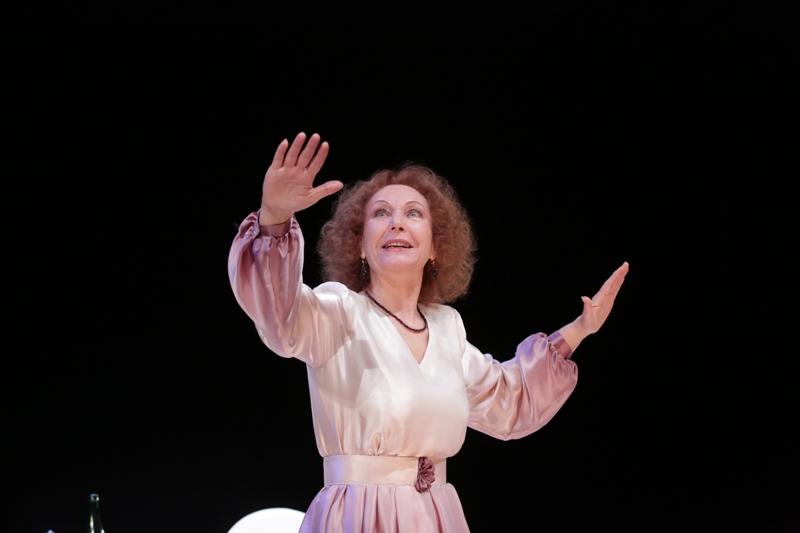 В мелодраме «Последняя любовь», премьерой которой открывался нынешний , 93-ий сезон театра, актр