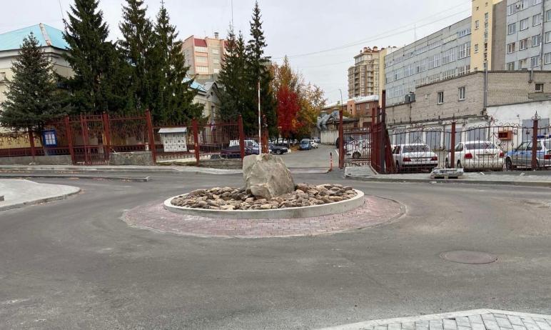 В Челябинске стартовали строительно-монтажные работы на общественных пространствах, которые предс