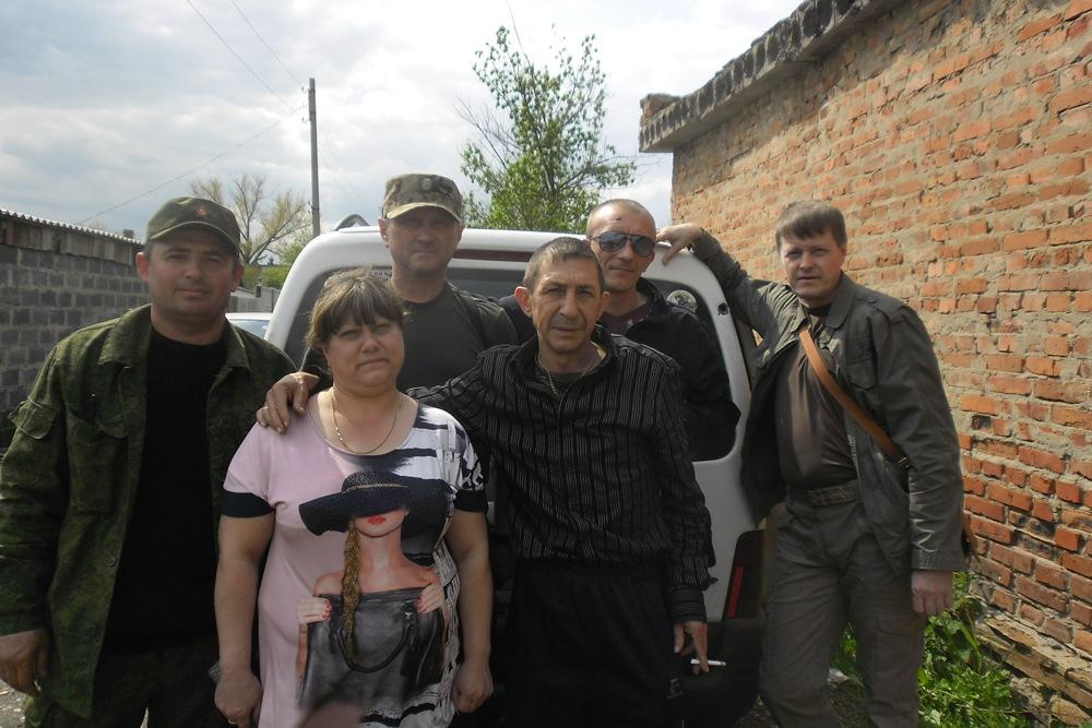 На этот раз представителям администрации поселка Вергулевка Луганской народной республики передан