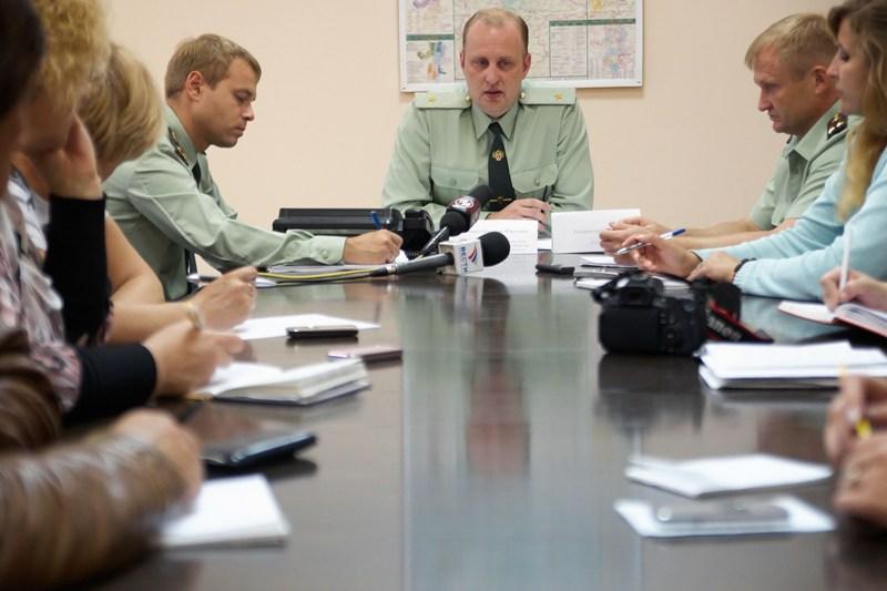 Звонки принимал начальник областного УФСКН генерал-майор полиции Евгений Савченко во время визита