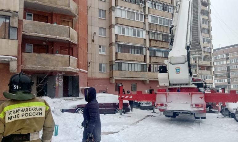 Сегодня, 28 февраля, в Магнитогорске (Челябинская область) произошел серьезный пожар в 16-этажке