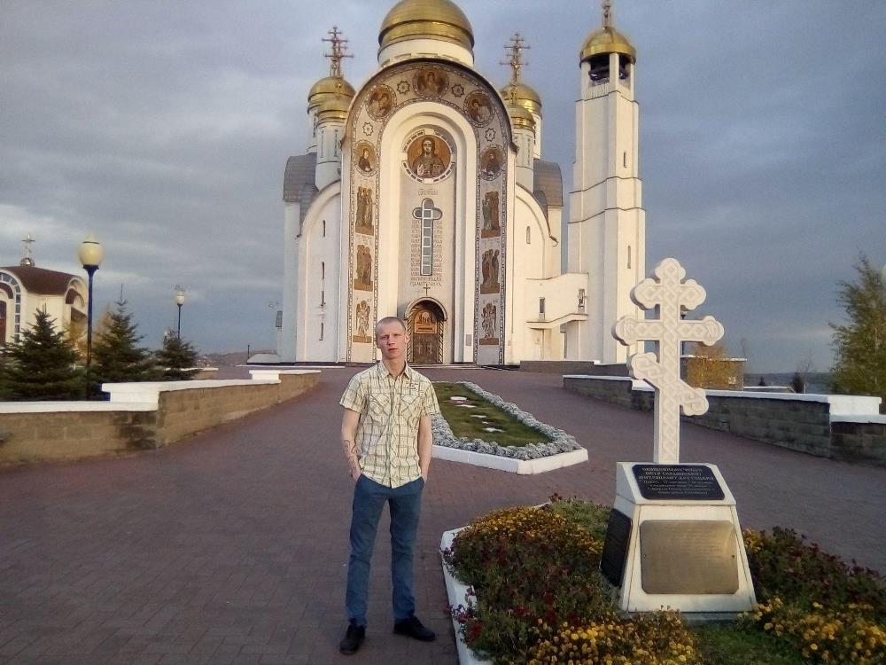 Магнитогорский сирота Сергей Антипин, прославившийся на всю страну своим поступком, досрочно выше
