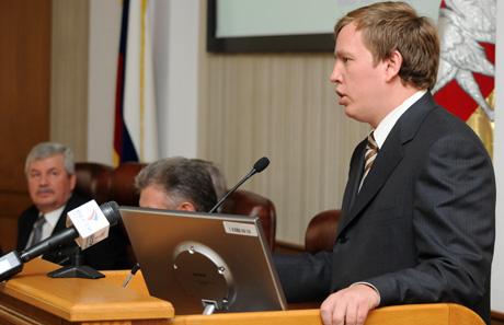 Прокуратурой установлено, что в течение последних двух лет Алексей Севастьянов не единожды направ