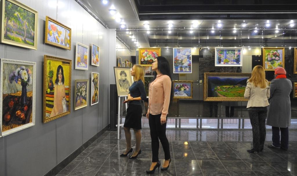 Как рассказали агентству «Урал-пресс-информ» в пресс-службе предприятия, выставка картин размещен