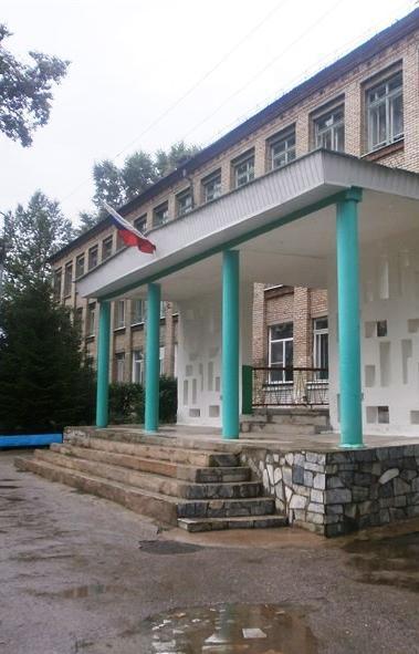 Три майский нерабочих дня - шестое, седьмое и восьмое мая – школьники Челябинской области не буду