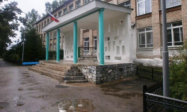 В Челябинской области растет доля учащихся школ, которые обучаются в пятидневном режиме. В этом г