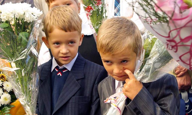 В Челябинской области в День знаний, первого сентября 2021 года, школьный звонок прозвенит для 46