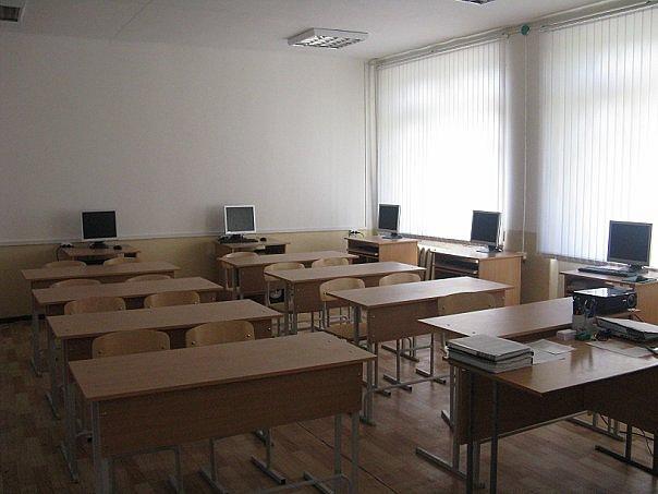 На подготовку образовательных учреждений к новому учебному году выделено около полутора миллиардо