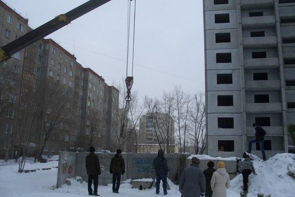 Напомним, что борьба за детскую спортивную площадку, на месте которой строительная компания ООО «