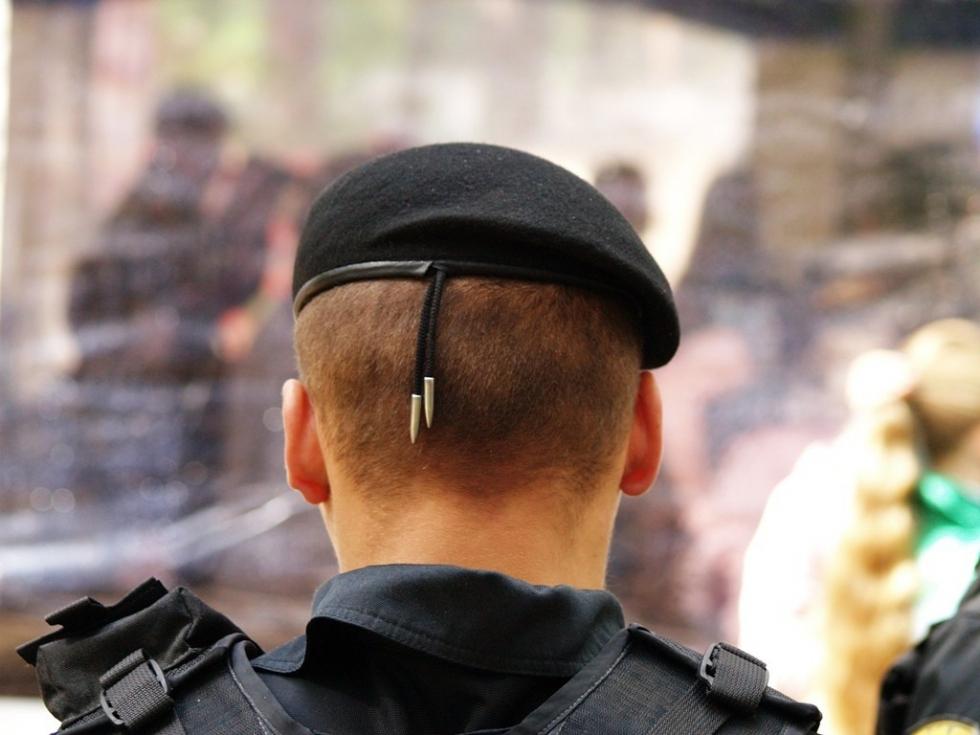 Перед отправкой личного состава отряда – более двухсот человек – в Чеченскую республику в четверг