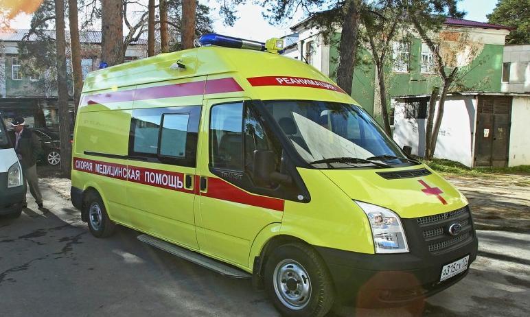 Два пассажира скорой медицинской помощи, попавшей в ДТП в Челябинске, серьезно не пострадали. Вод