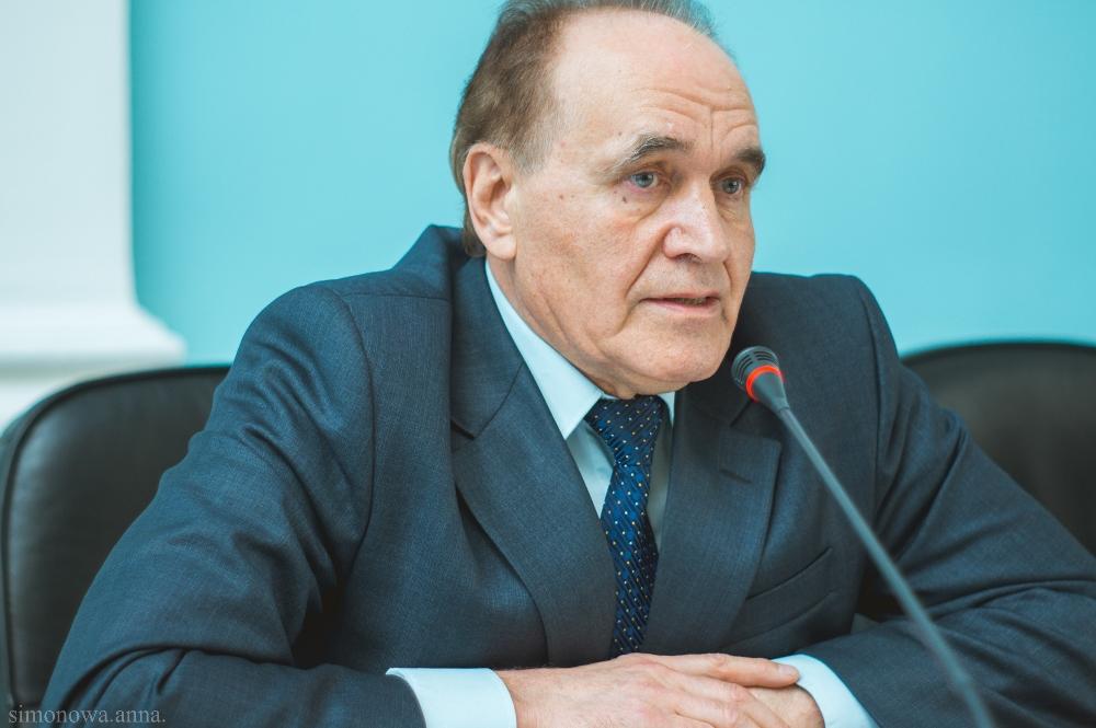 - Вячеслав Николаевич, Вы не первый раз присутствуете непосредственно в Кремле на Послани