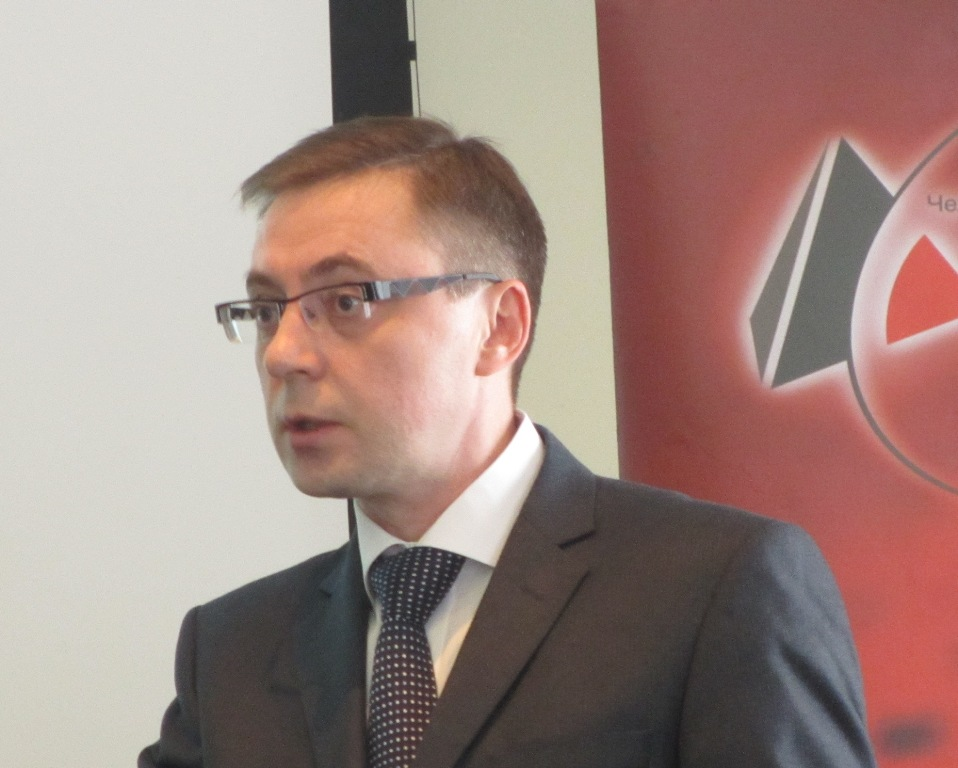 Как пояснил Владислав Смирнов в беседе с корреспондентом «Урал-пресс-информ», этот кризис обуслов