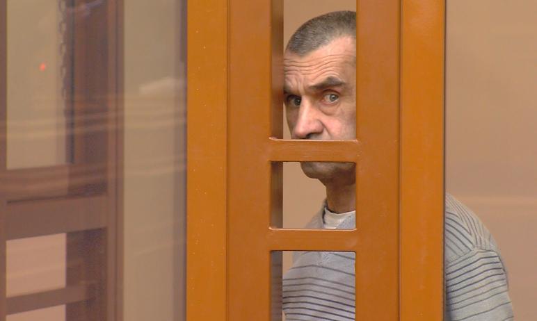 Сегодня, 19 мая, в Челябинском областном суде огласили приговор 54-летнему Владимиру Смирнову, ко
