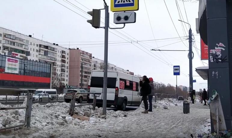 Челябинский инвалид-колясочник, экс-депутат Калининского района Николай Ольховский провел видеоэк