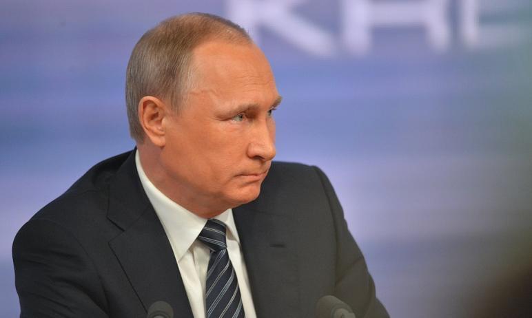 Состоялся первый телефонный разговор президента России Владимира Путина и нового президента США Д