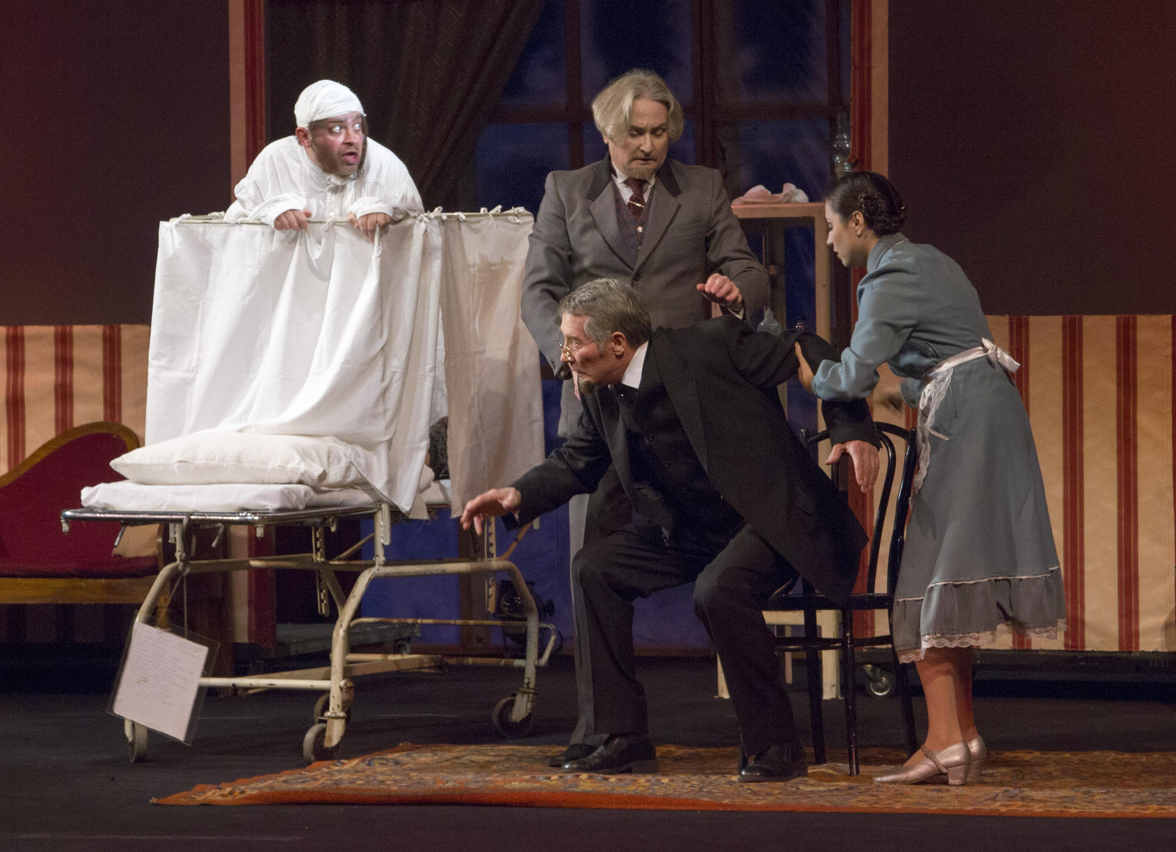 В самом начале ноября в Челябинск с гастролями приедет Государственный русский драматический теат