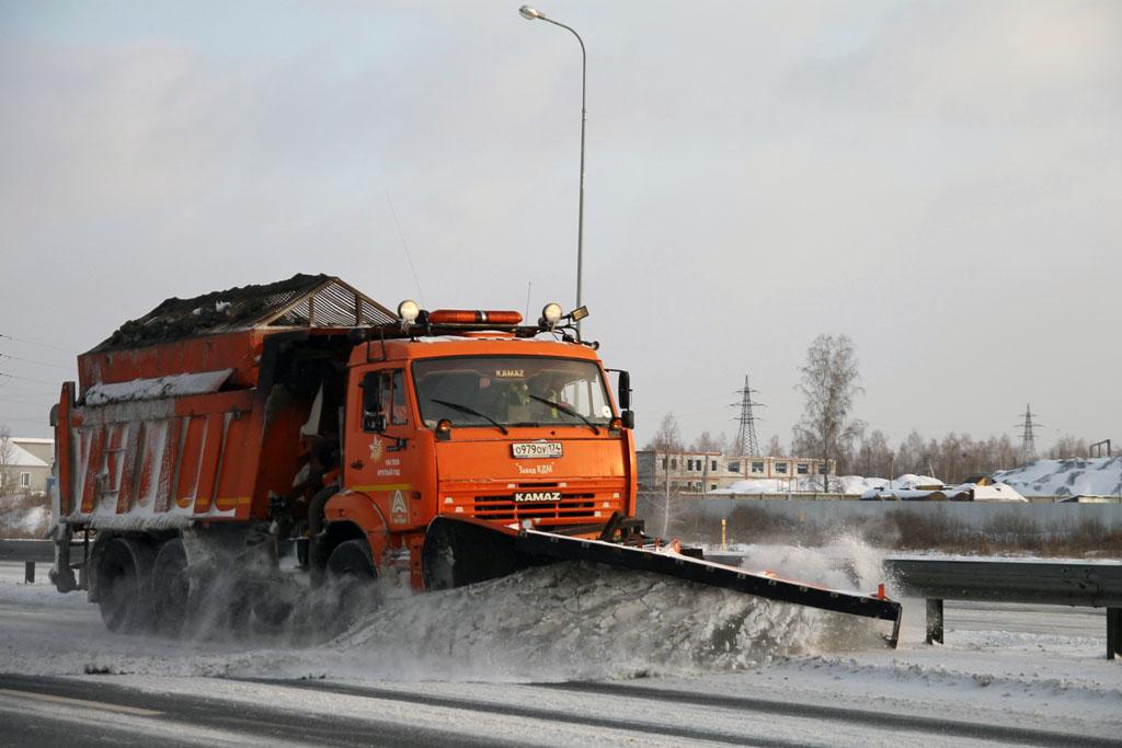Небольшой снег, прошедший минувшей ночью в Челябинской области, не повлиял на ситуацию на федерал
