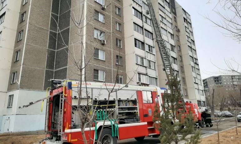 Сегодня, первого апреля, в Челябинске на балконе многоэтажного здания произошел пожар. Самостояте