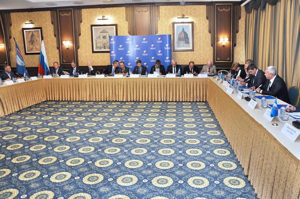 Соответствующее решение единогласным голосованием было принято на объединенном заседании правлени