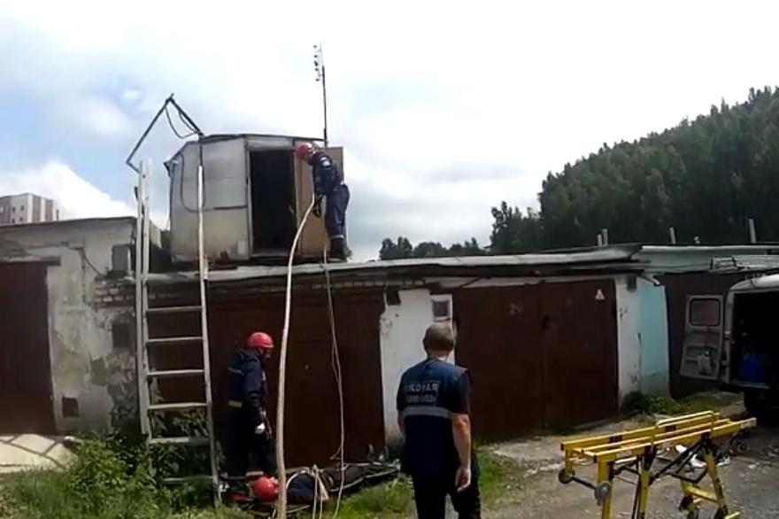 Спасатели Челябинской области в эти выходные без дела не сидели, совершили много добрых дел.