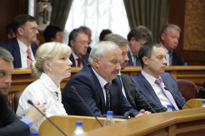 С такой инициативой выступили депутаты Челябинской городской думы. Законопроект представлял