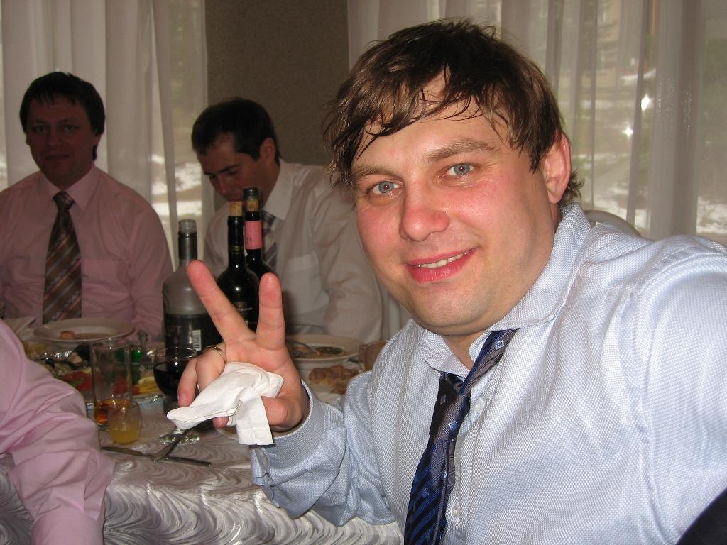 Как сообщает пресс-служба облсуда, он признан виновным по ч.1 ст. 209 УК РФ (руководство бандой),
