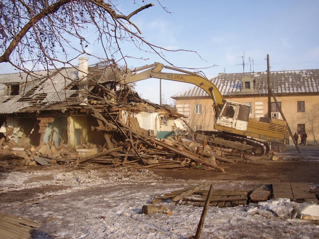 Снос этих домов проконтролировали губернатор Челябинской области Михаил Юревич и глава Коркинског